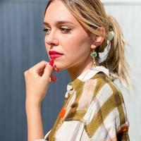 Perfect Match pour la rentrée 🧡 Entre élégance, décontraction et confort  Chemise @hod_paris Pantalon @suncooparis Sandales @colorsofcalifornia Bijoux @la2l_bijoux  #clermontferrand #clermontfd #jalousesstore #conceptstore #siteenligne #clfd #style #ootd #outfit #mode #fashion #pretaporter #eshop #ecommerce #boutiqueenligne #la2l #hod