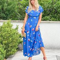 La rentrée en fleurs et en couleurs avec cette robe @nicethingspalomas 👗  Robe @nicethingspalomas Sandales @antoinetteameska  #clermontferrand #clermontfd #jalousesstore #conceptstore #siteenligne #clfd #style #ootd #outfit #mode #fashion #pretaporter #eshop #ecommerce #boutiqueenligne